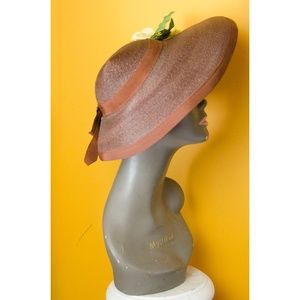 Vintage 1940's Woman's Brown Straw Hat with Flower